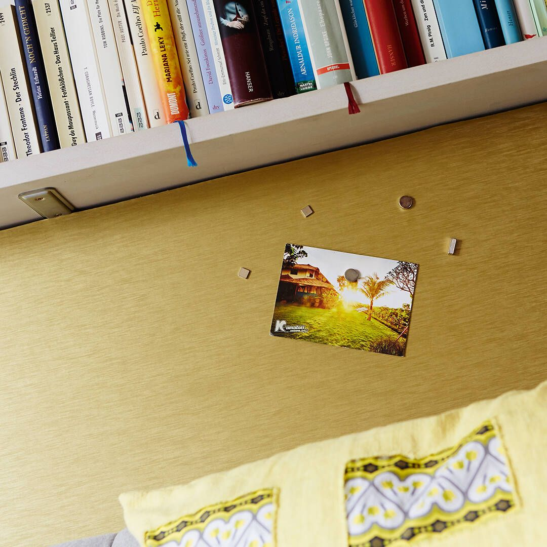 Sommerliches Bild mit Magneten