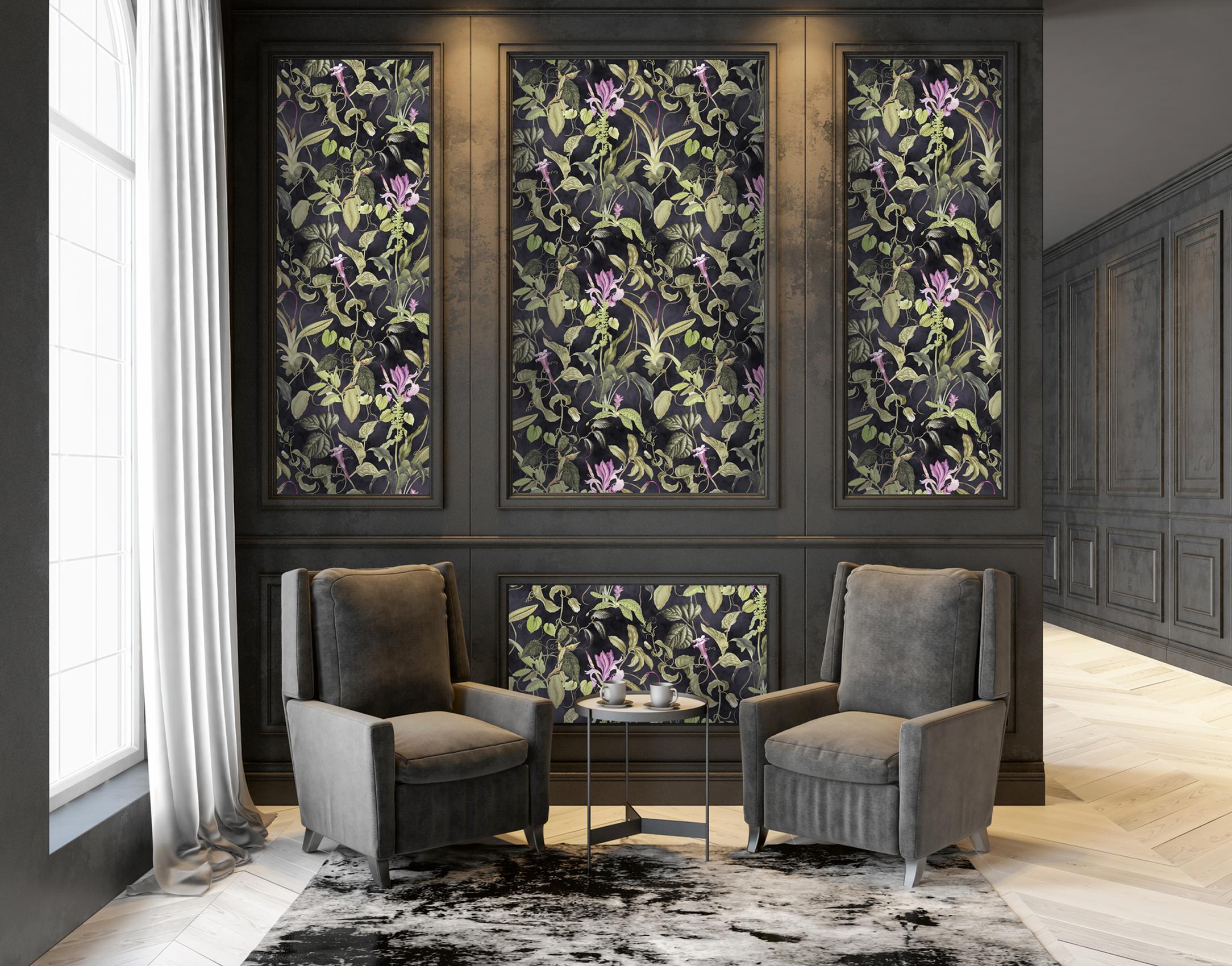 Elegantes Wohnzimmer mit tapezierten Wandkasetten, Michalsky Tapete floral mit schwarzem Hintergrund, AS379884