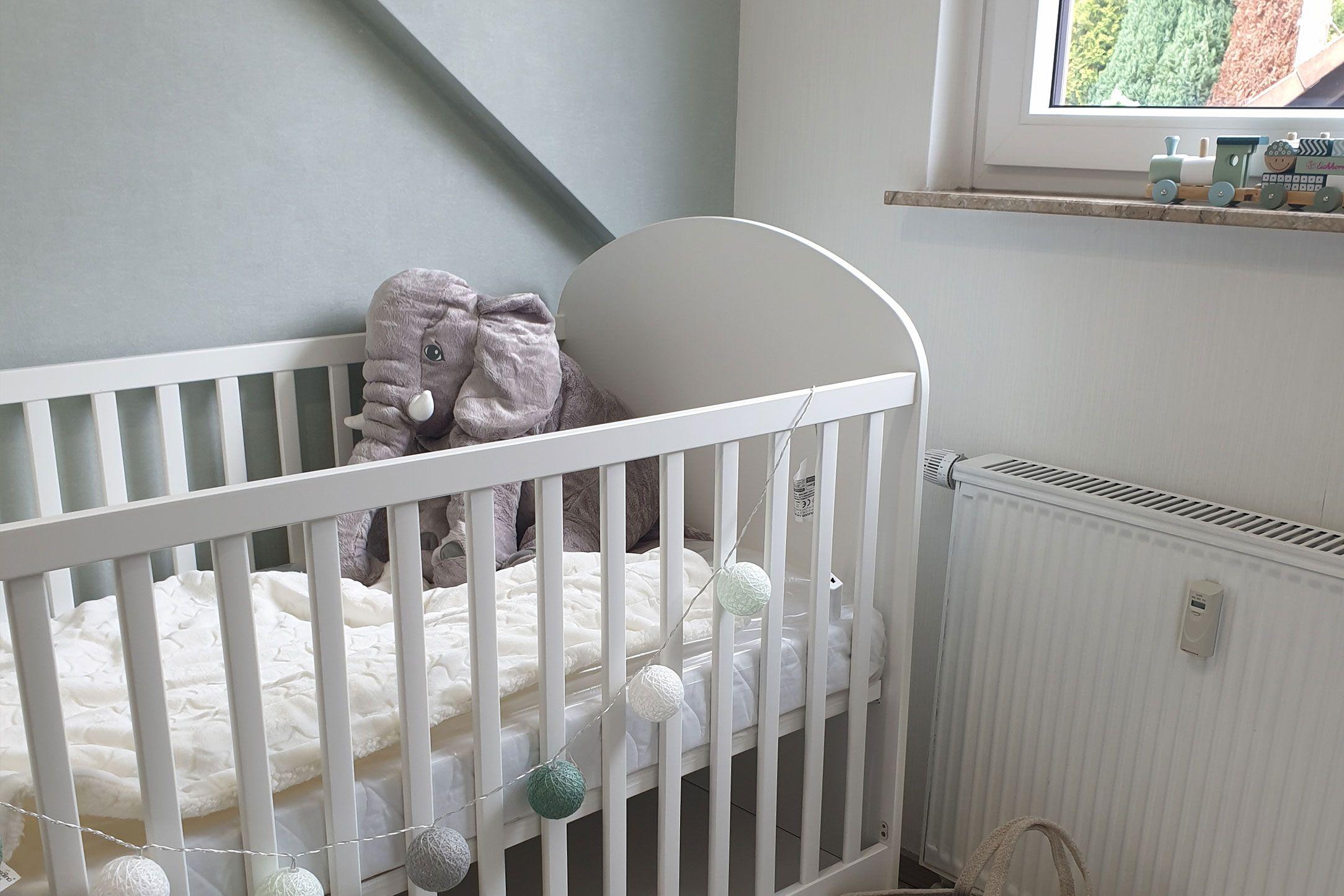 Hellgrüne-Babytapete-305802